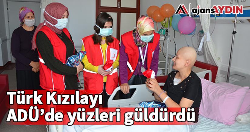 Türk Kızılayı ADÜ'de yüzleri güldürdü