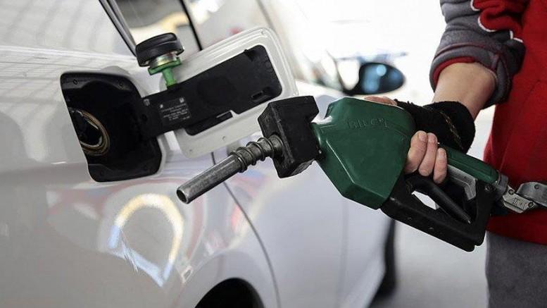 Motorin ve Benzine Bir Zam Daha