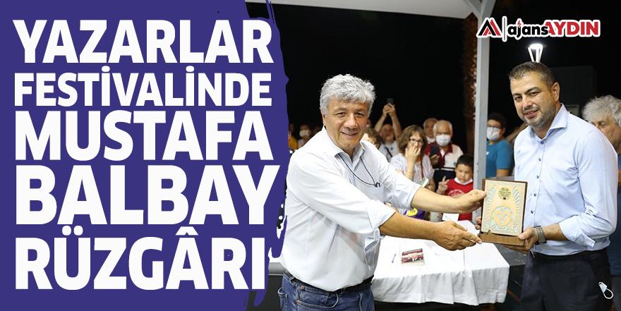 Yazarlar festivalinde Mustafa Balbay rüzgârı