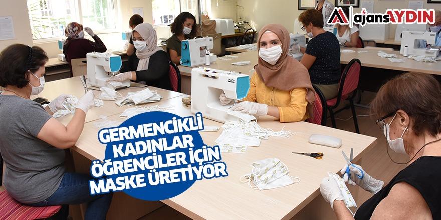 Germencikli kadınlar öğrenciler için maske üretiyor