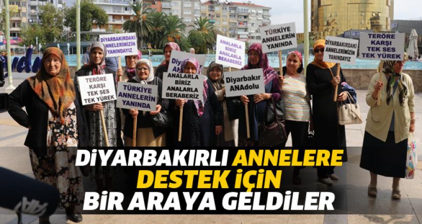 Diyarbakır annelerine destek için bir araya geldiler
