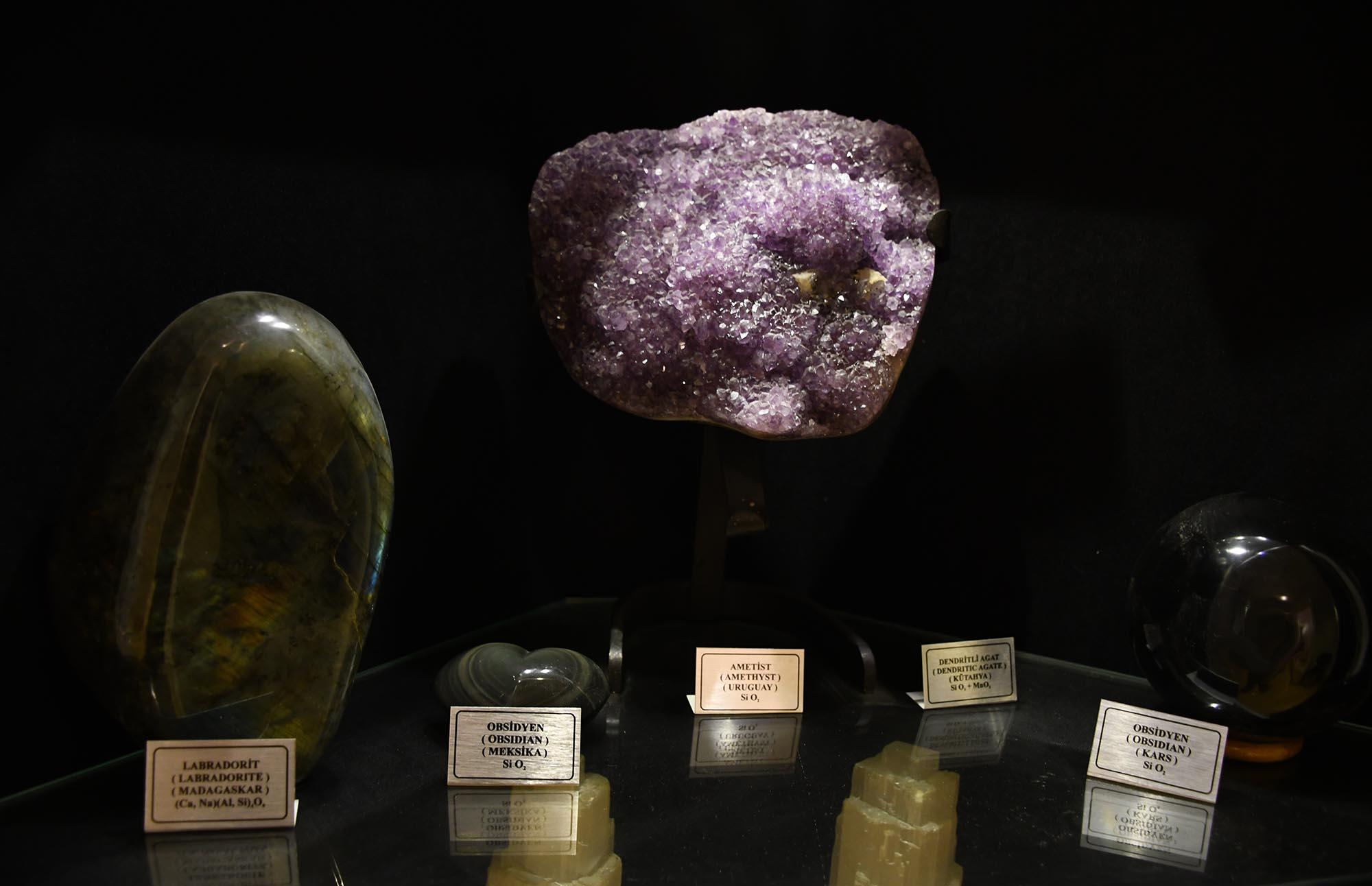 mineral-fosil-muzesi-11.jpg